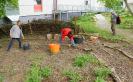 Gartenarbeiten auf dem Schulgelände_4