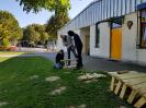 SAP-Mitarbeiter und viele Schüler basteln, ernten und pflanzen_1